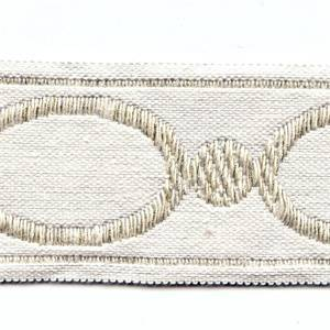 OM 205 02 Ivory Oval Tape Trim