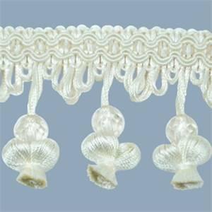 IR4292 - IV - Onion Tassel Bead Trim - Ivory - 20 Yard Reel